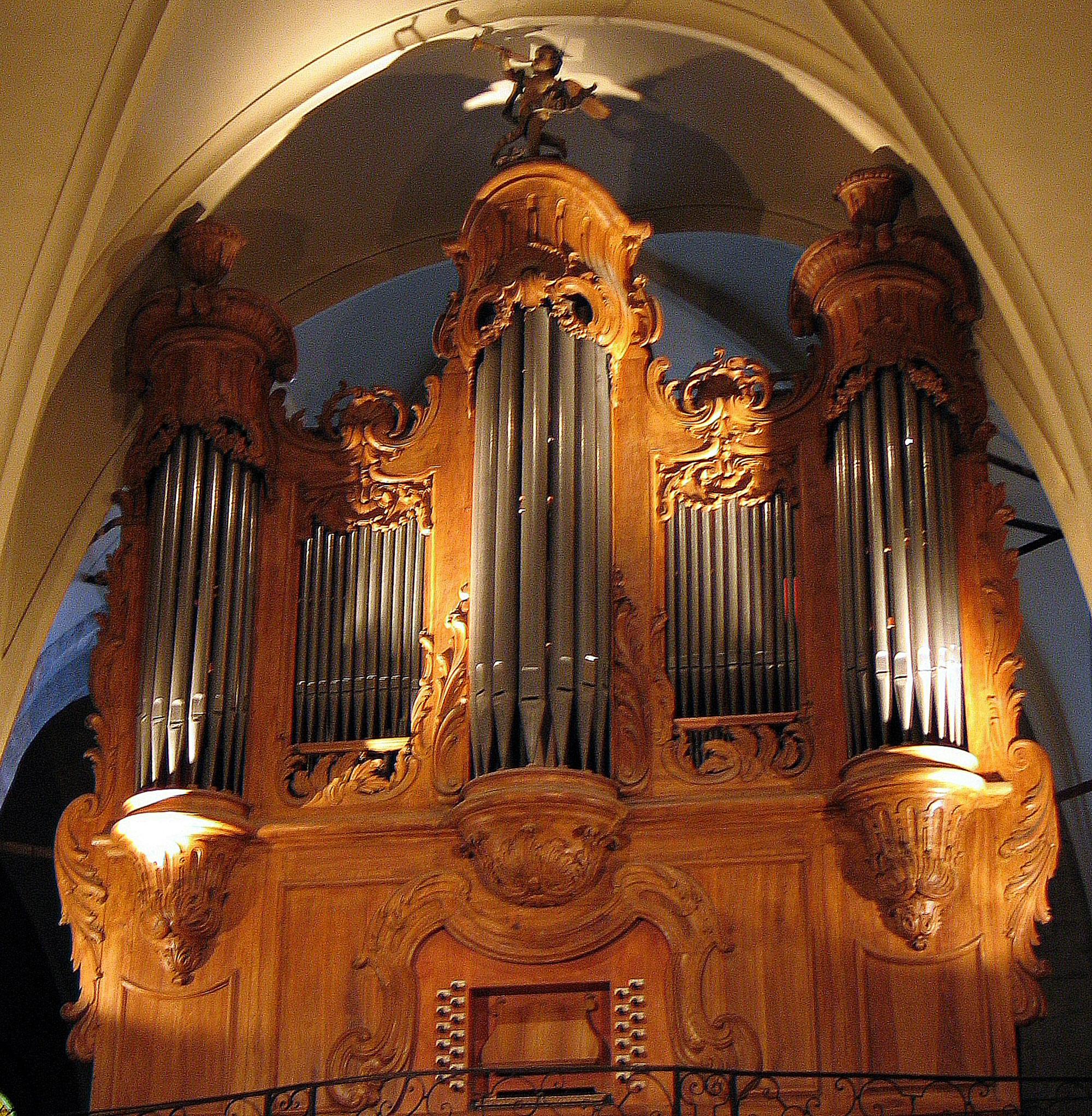 1690 Frères Jullien Organ - OrganArt Media